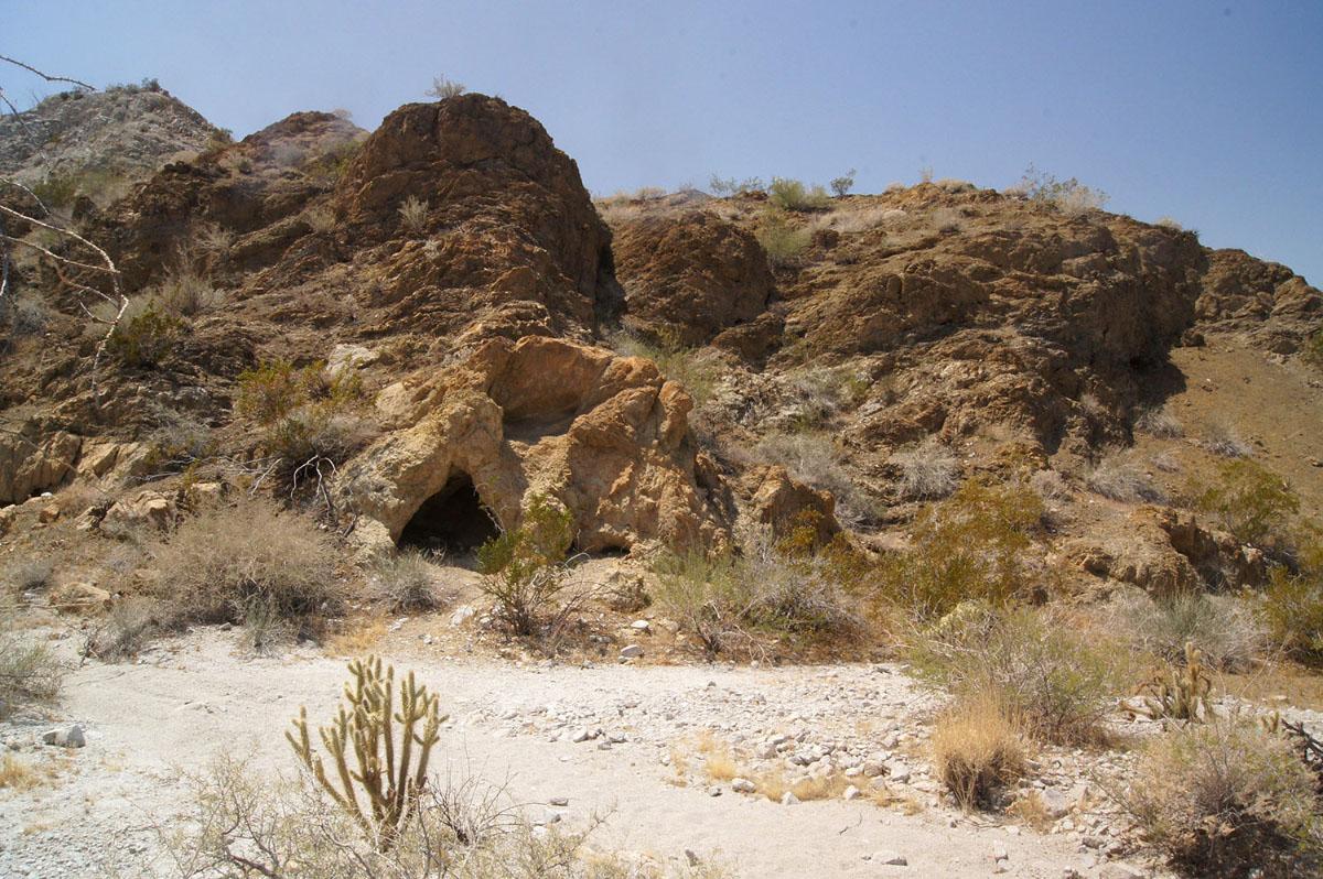 Earth Narrows Cave, Anza Borrego Desert, ©2015 Eric Platt